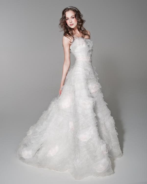21abd99435ef Alena Goretskaya per Papilio 2012 collezione abiti da sposa estivi 6 ...